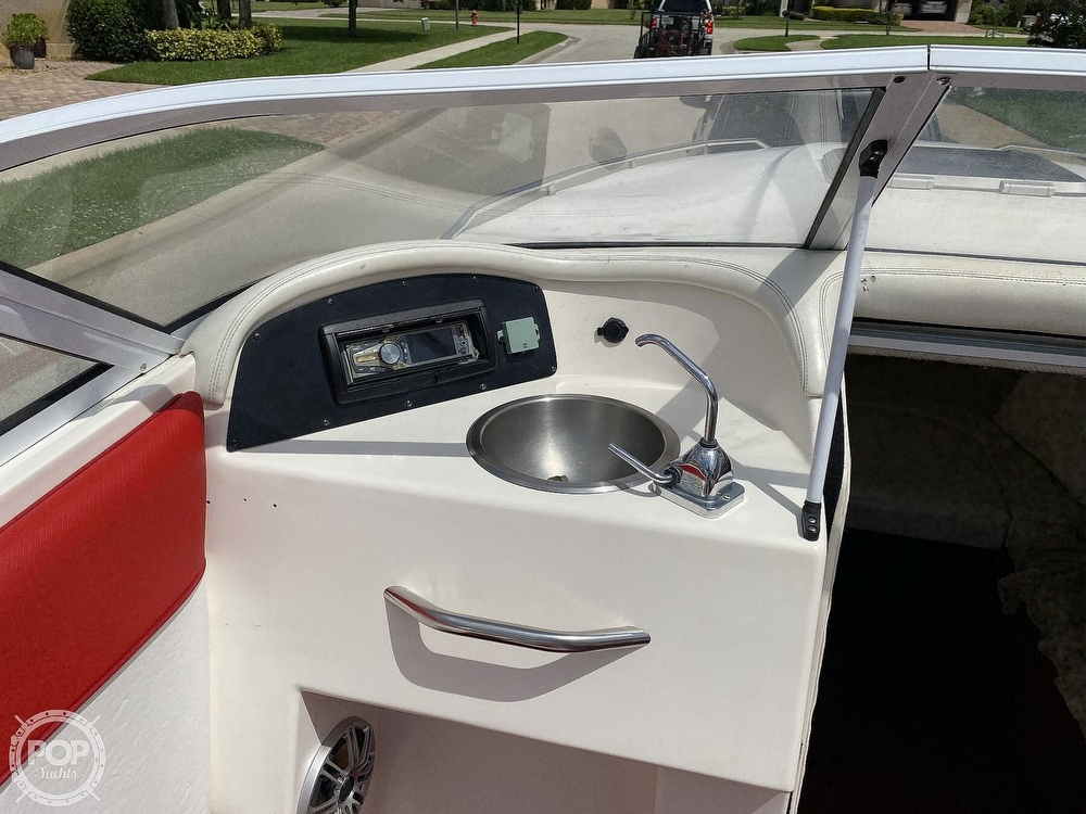 2000 Checkmate boat for sale, model of the boat is Convincor & Image # 36 of 40