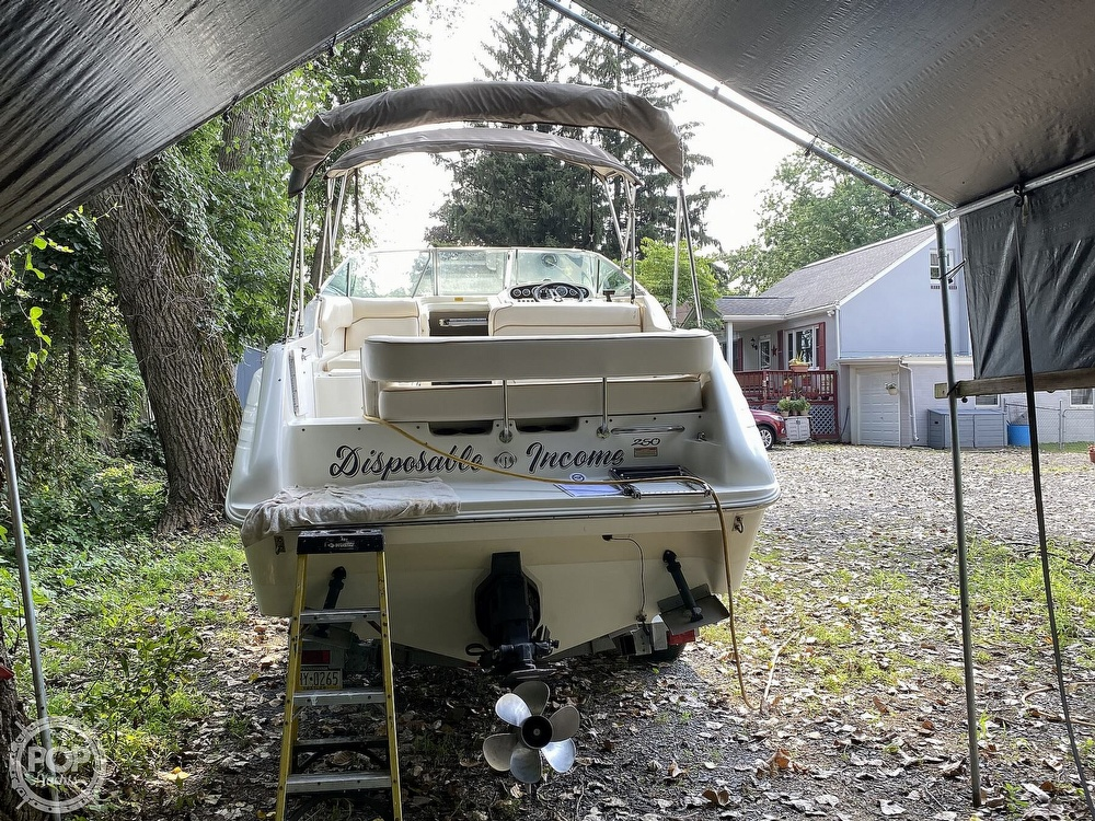 1997 Sea Ray boat for sale, model of the boat is Sundancer & Image # 12 of 40