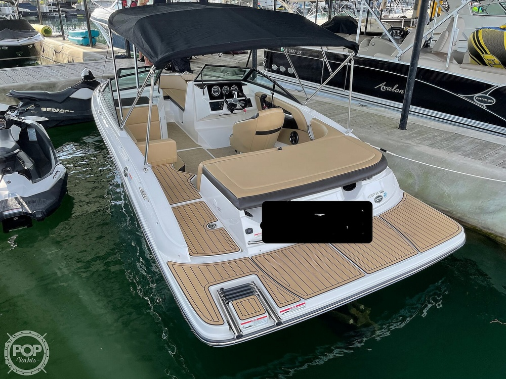 2020 Sea Ray boat for sale, model of the boat is SPX 190 & Image # 3 of 40