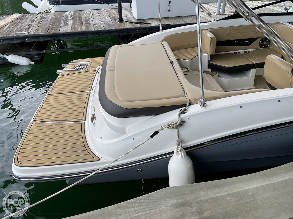 2020 Sea Ray boat for sale, model of the boat is SPX 190 & Image # 6 of 40