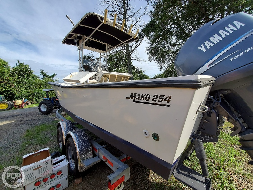 1983 Mako boat for sale, model of the boat is 254 & Image # 3 of 40
