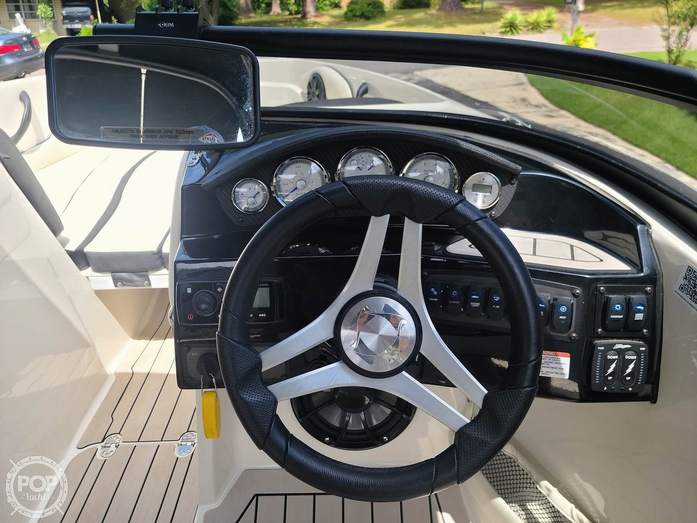 2020 Stingray boat for sale, model of the boat is 225SE & Image # 11 of 40