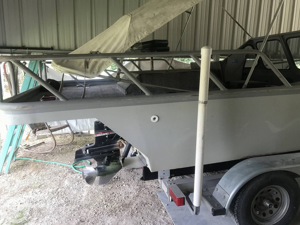 1996 Custom Aluminum boat for sale, model of the boat is 21 & Image # 3 of 8