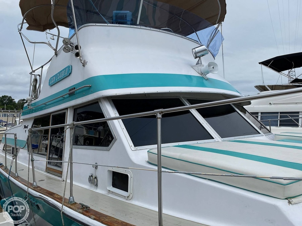 1970 Tollycraft boat for sale, model of the boat is Tri Cabin & Image # 5 of 40