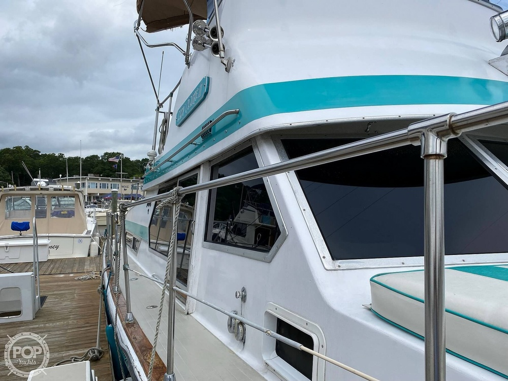 1970 Tollycraft boat for sale, model of the boat is Tri Cabin & Image # 7 of 40