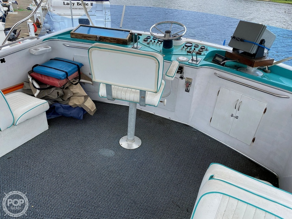 1970 Tollycraft boat for sale, model of the boat is Tri Cabin & Image # 18 of 40