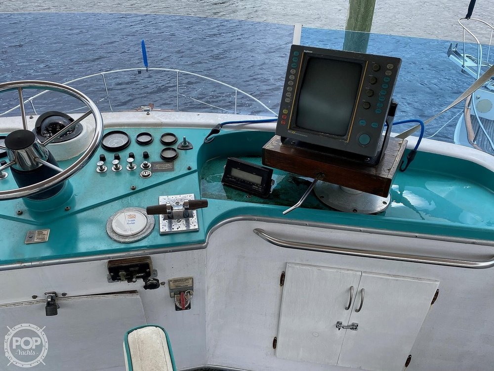 1970 Tollycraft boat for sale, model of the boat is Tri Cabin & Image # 26 of 40