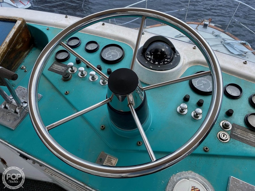 1970 Tollycraft boat for sale, model of the boat is Tri Cabin & Image # 30 of 40