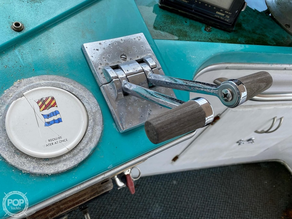 1970 Tollycraft boat for sale, model of the boat is Tri Cabin & Image # 32 of 40