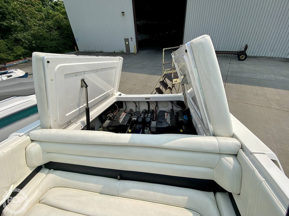 1996 Fountain boat for sale, model of the boat is 38 Sport Cruiser & Image # 18 of 40