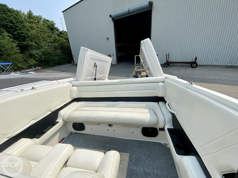 1996 Fountain boat for sale, model of the boat is 38 Sport Cruiser & Image # 21 of 40