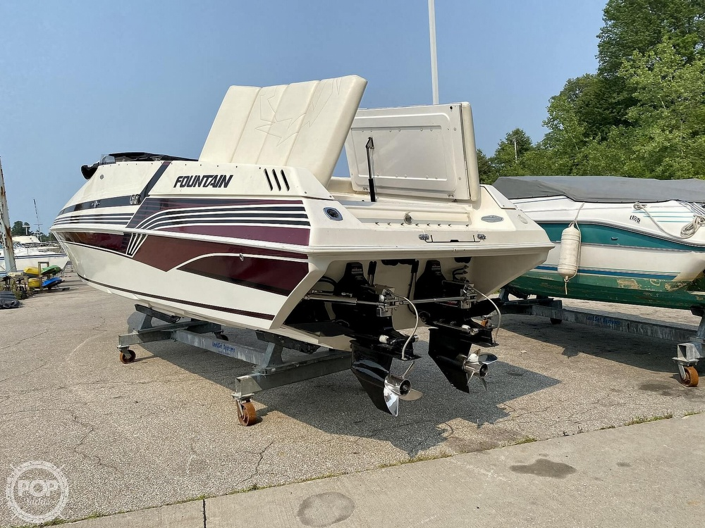 1996 Fountain boat for sale, model of the boat is 38 Sport Cruiser & Image # 12 of 40