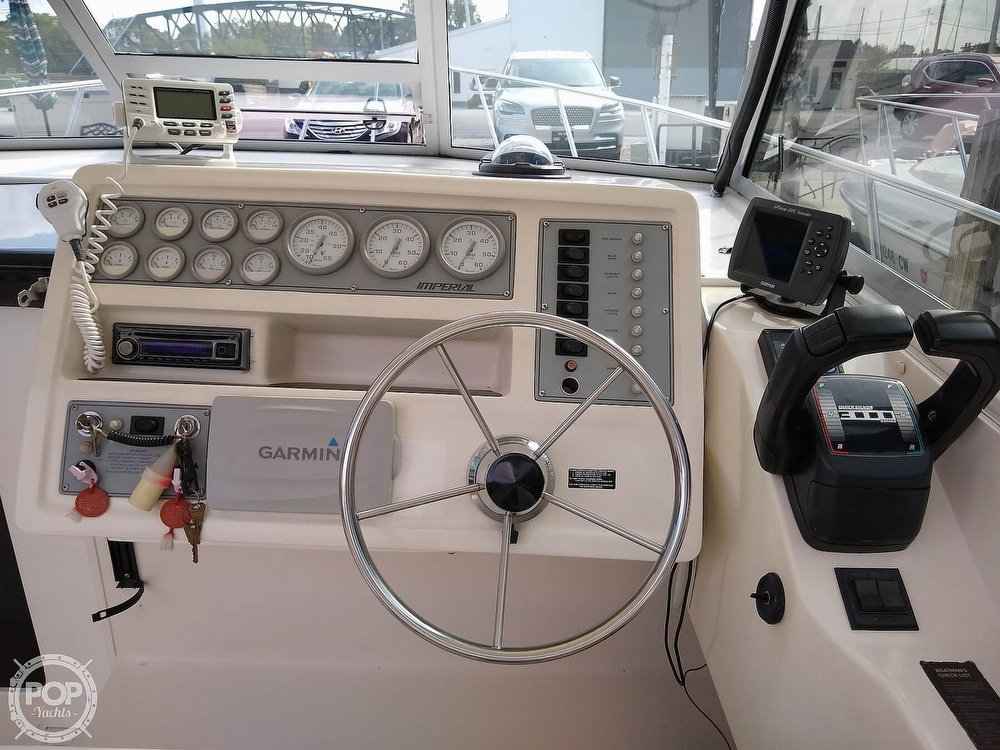 1996 Imperial boat for sale, model of the boat is 27 Fisherman & Image # 15 of 40