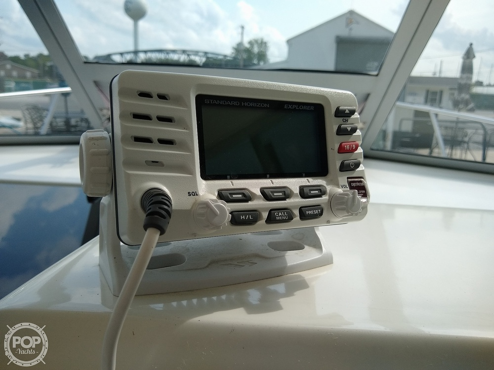 1996 Imperial boat for sale, model of the boat is 27 Fisherman & Image # 19 of 40