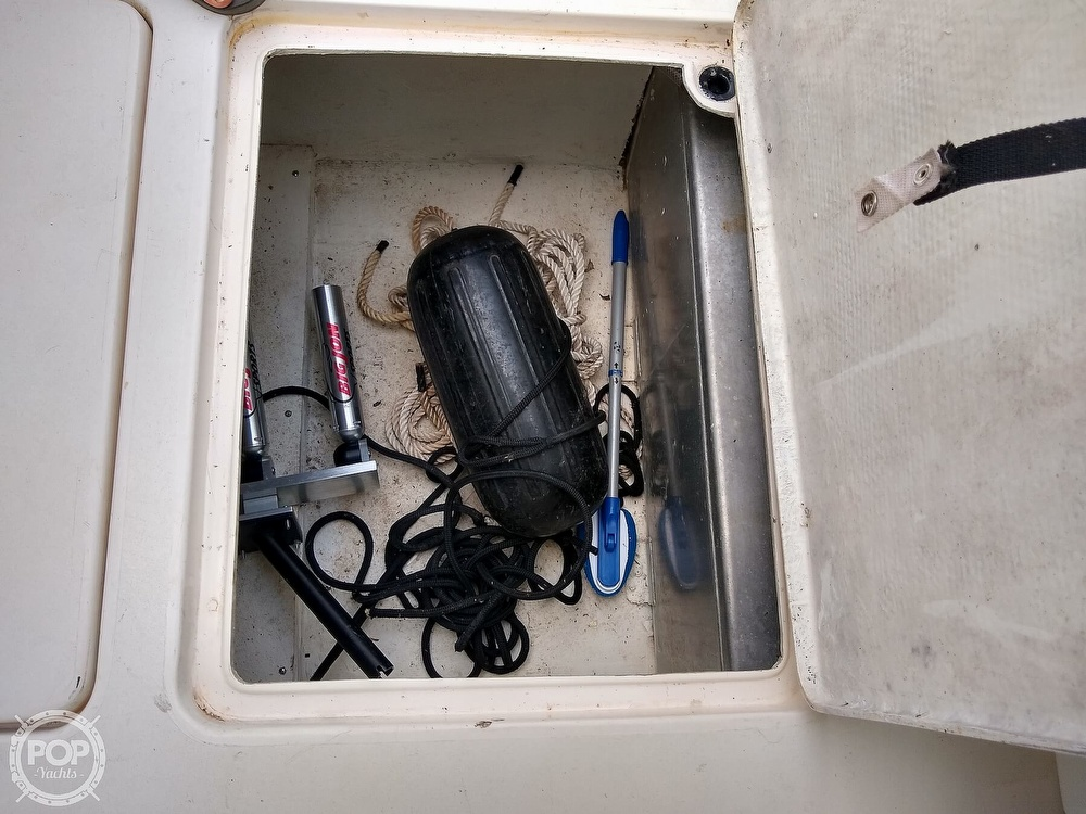 1996 Imperial boat for sale, model of the boat is 27 Fisherman & Image # 37 of 40