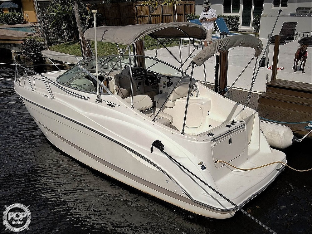 2002 Maxum boat for sale, model of the boat is 2500 SCR & Image # 2 of 40