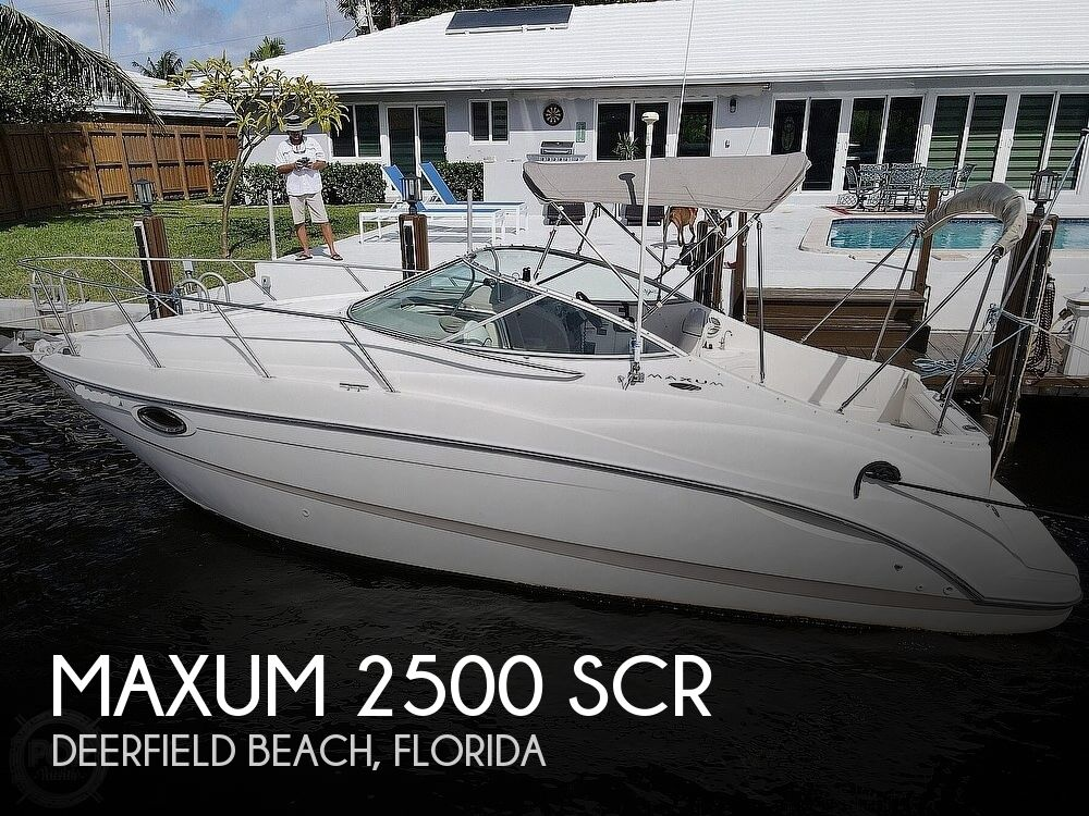 2002 Maxum boat for sale, model of the boat is 2500 SCR & Image # 1 of 40