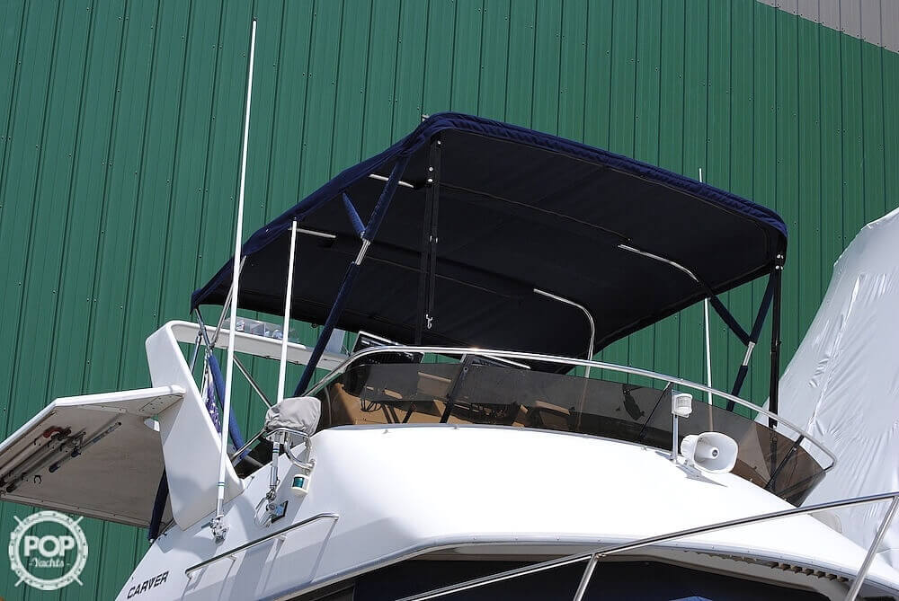 1995 Carver boat for sale, model of the boat is 325 Aft Cabin & Image # 5 of 41