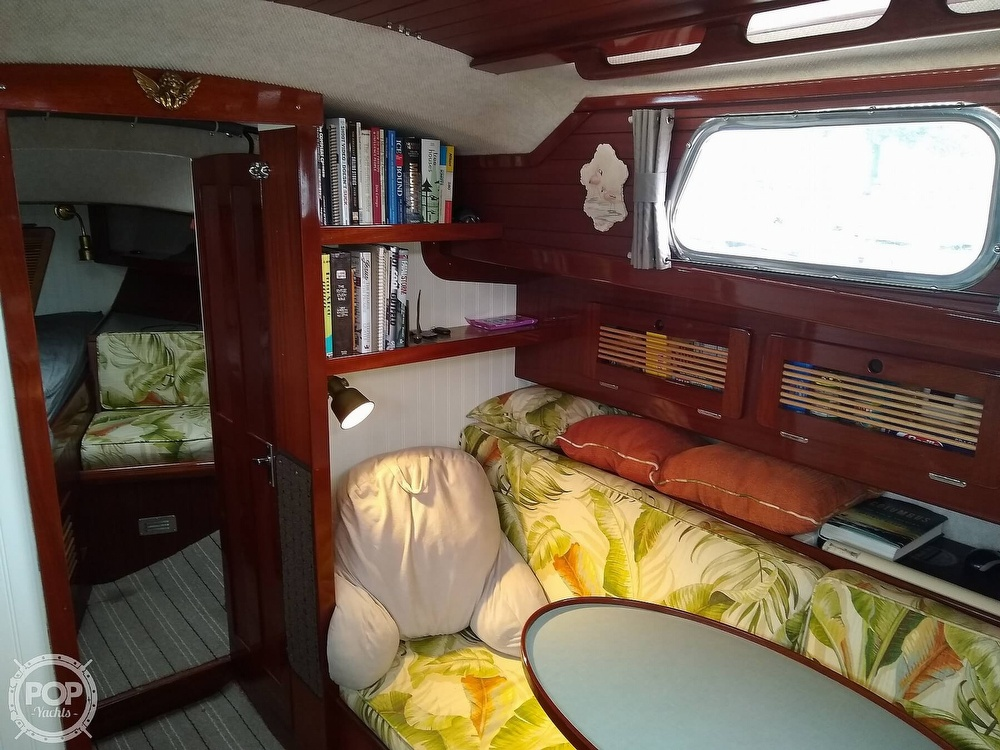 1968 Alberg boat for sale, model of the boat is 30' & Image # 16 of 40