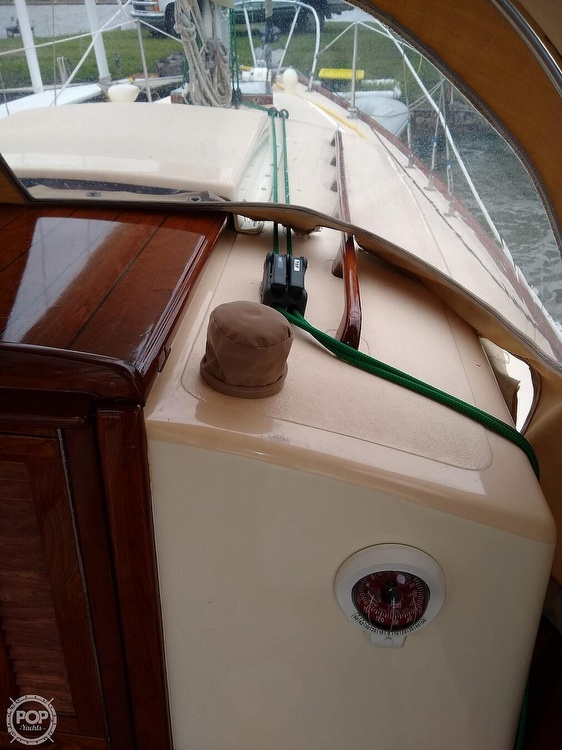 1968 Alberg boat for sale, model of the boat is 30' & Image # 12 of 40