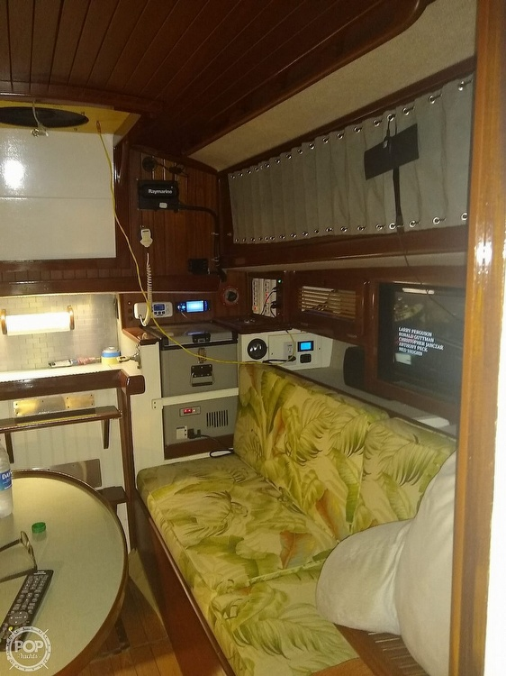 1968 Alberg boat for sale, model of the boat is 30' & Image # 15 of 40
