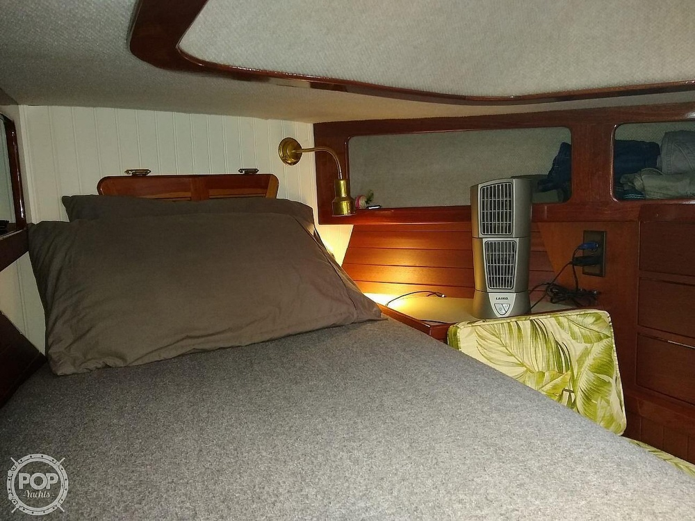 1968 Alberg boat for sale, model of the boat is 30' & Image # 29 of 40