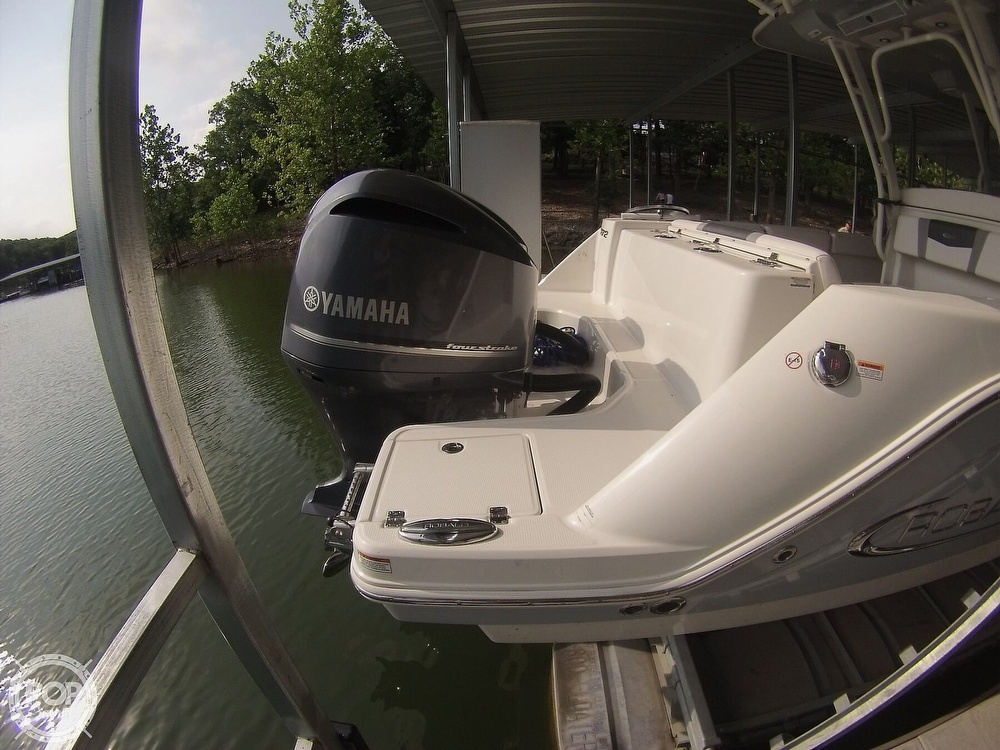 2019 Robalo boat for sale, model of the boat is R272 & Image # 25 of 40