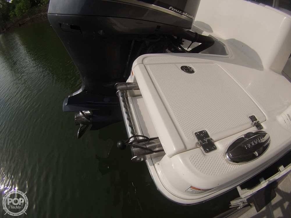 2019 Robalo boat for sale, model of the boat is R272 & Image # 33 of 40
