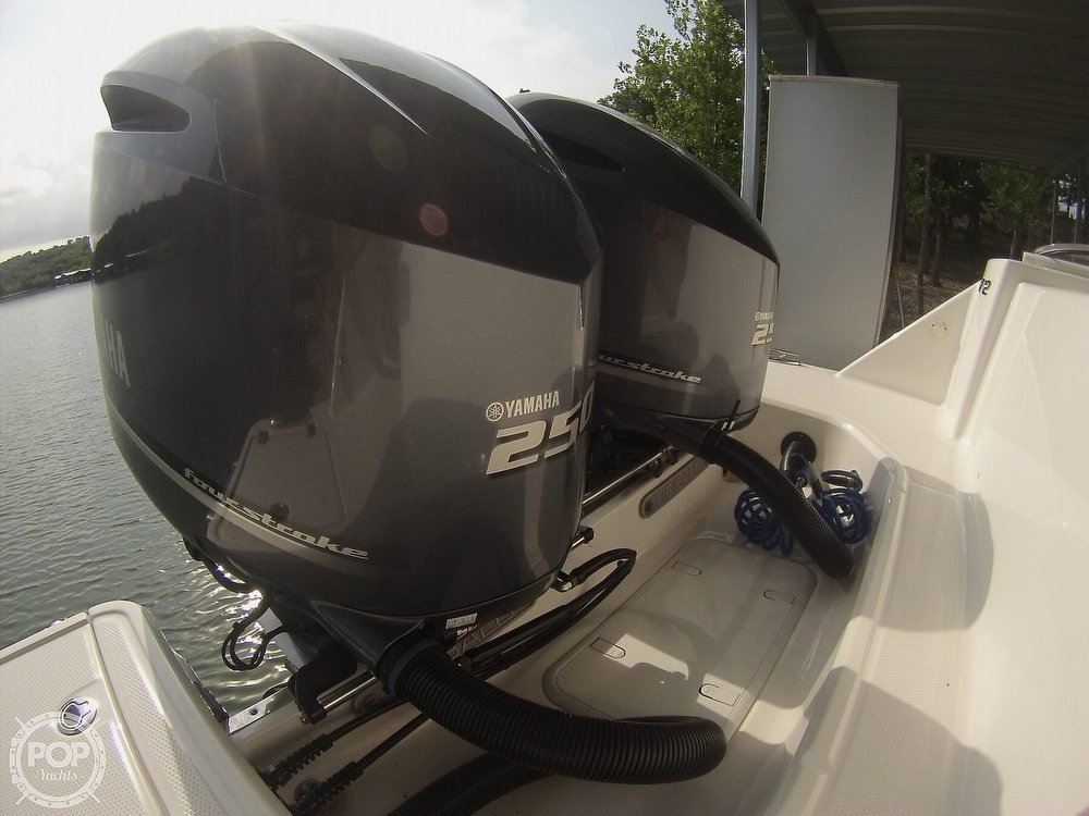 2019 Robalo boat for sale, model of the boat is R272 & Image # 26 of 40