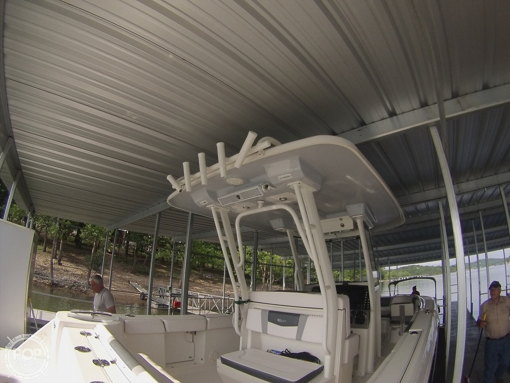 2019 Robalo boat for sale, model of the boat is R272 & Image # 9 of 40