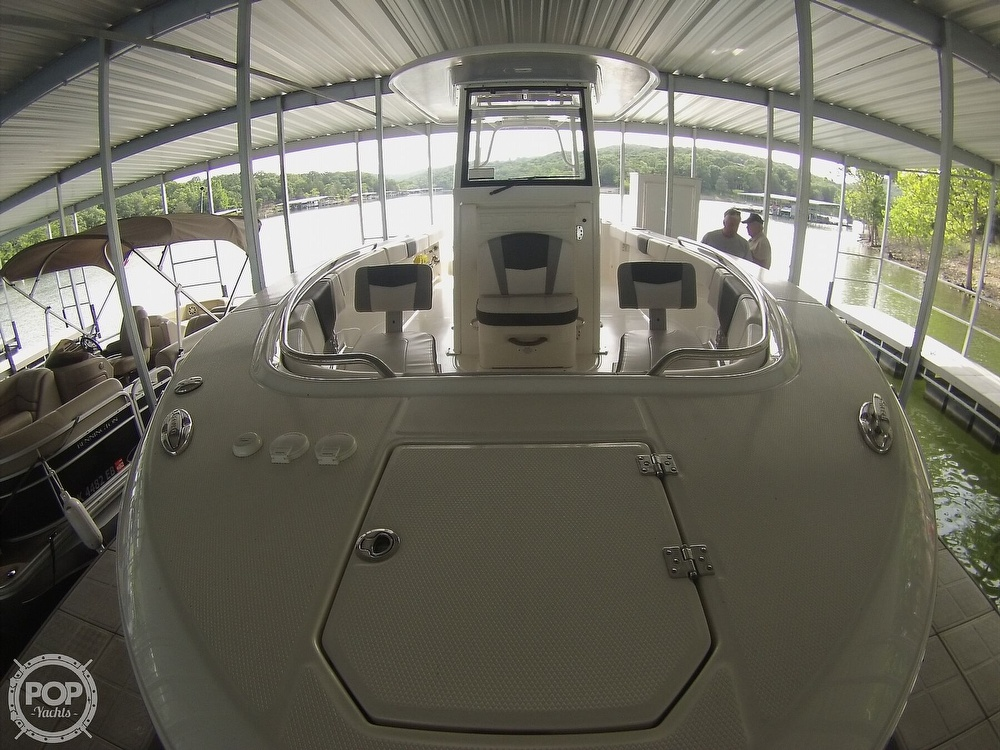 2019 Robalo boat for sale, model of the boat is R272 & Image # 13 of 40