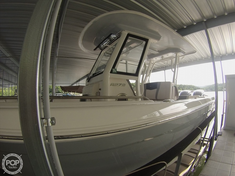 2019 Robalo boat for sale, model of the boat is R272 & Image # 3 of 40