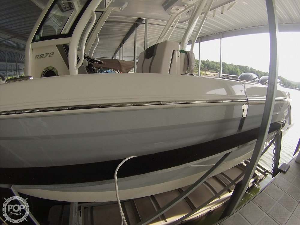 2019 Robalo boat for sale, model of the boat is R272 & Image # 4 of 40