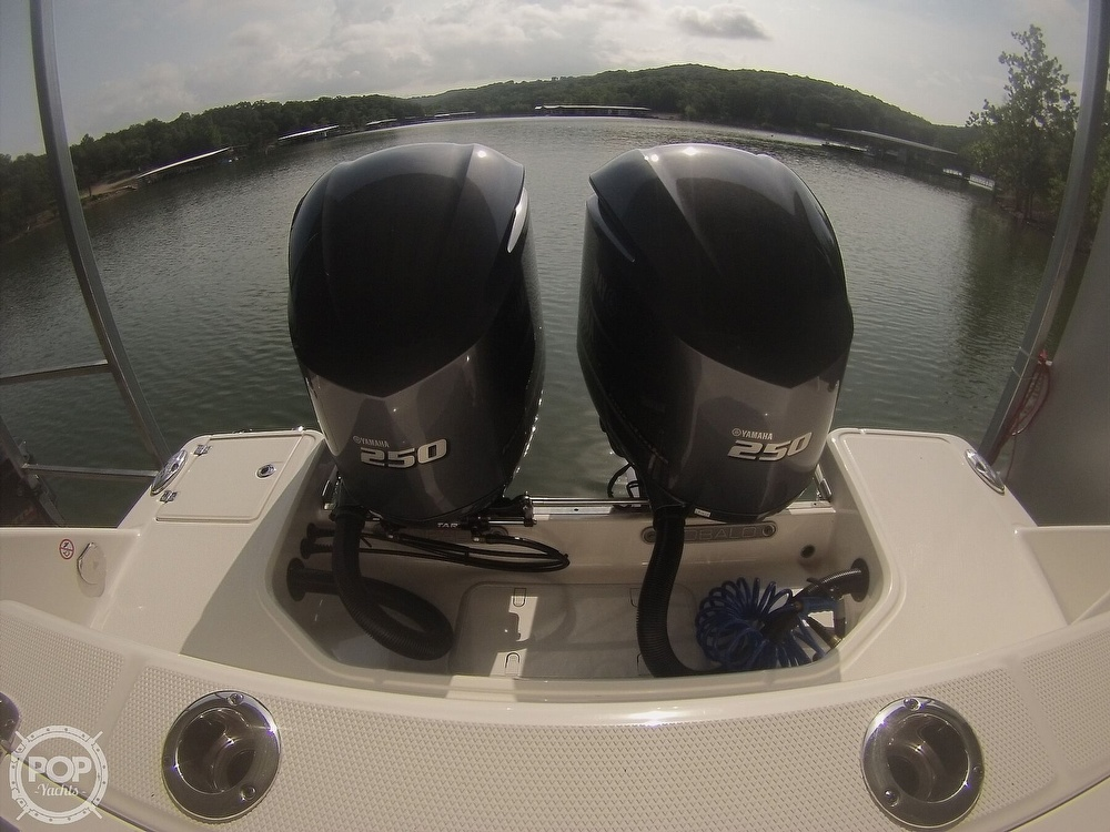 2019 Robalo boat for sale, model of the boat is R272 & Image # 28 of 40