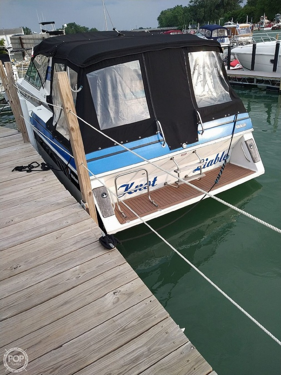 1988 Wellcraft boat for sale, model of the boat is St. Tropez 32 & Image # 4 of 40