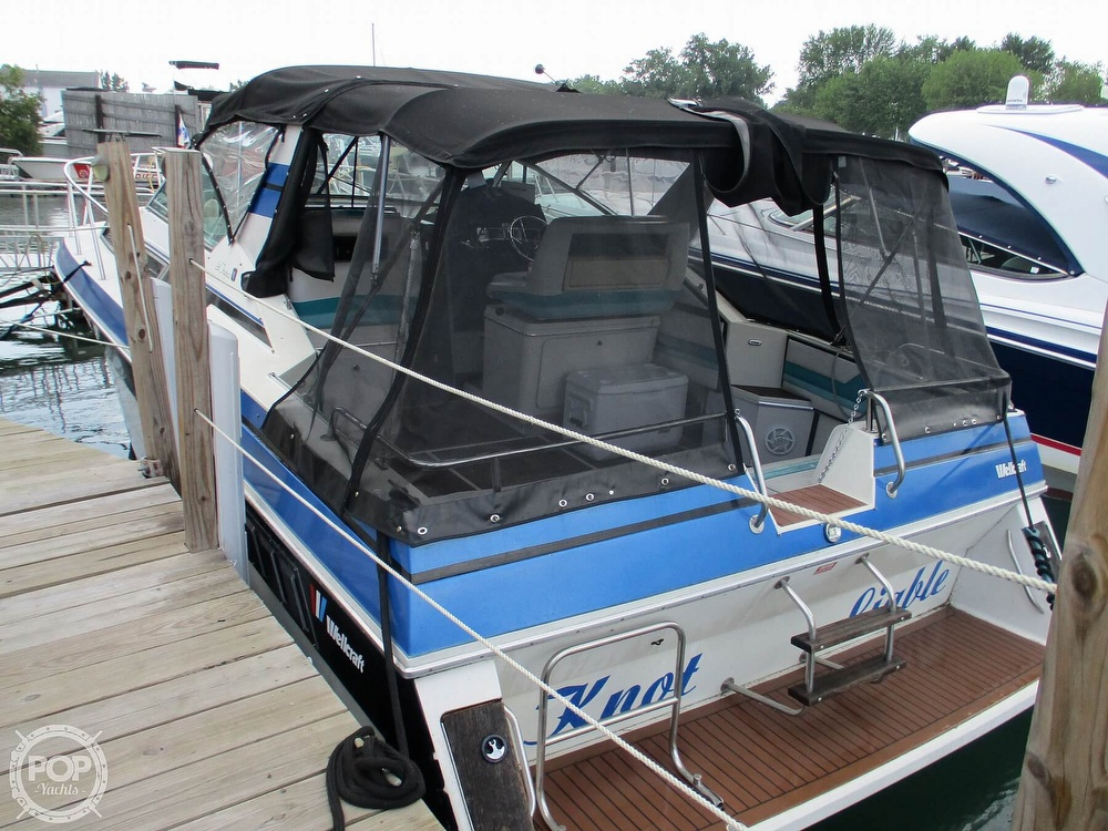 1988 Wellcraft boat for sale, model of the boat is St. Tropez 32 & Image # 15 of 40