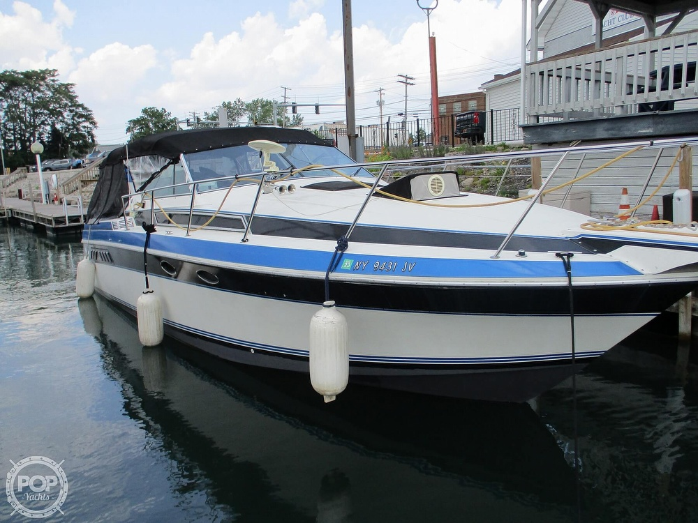 1988 Wellcraft boat for sale, model of the boat is St. Tropez 32 & Image # 19 of 40