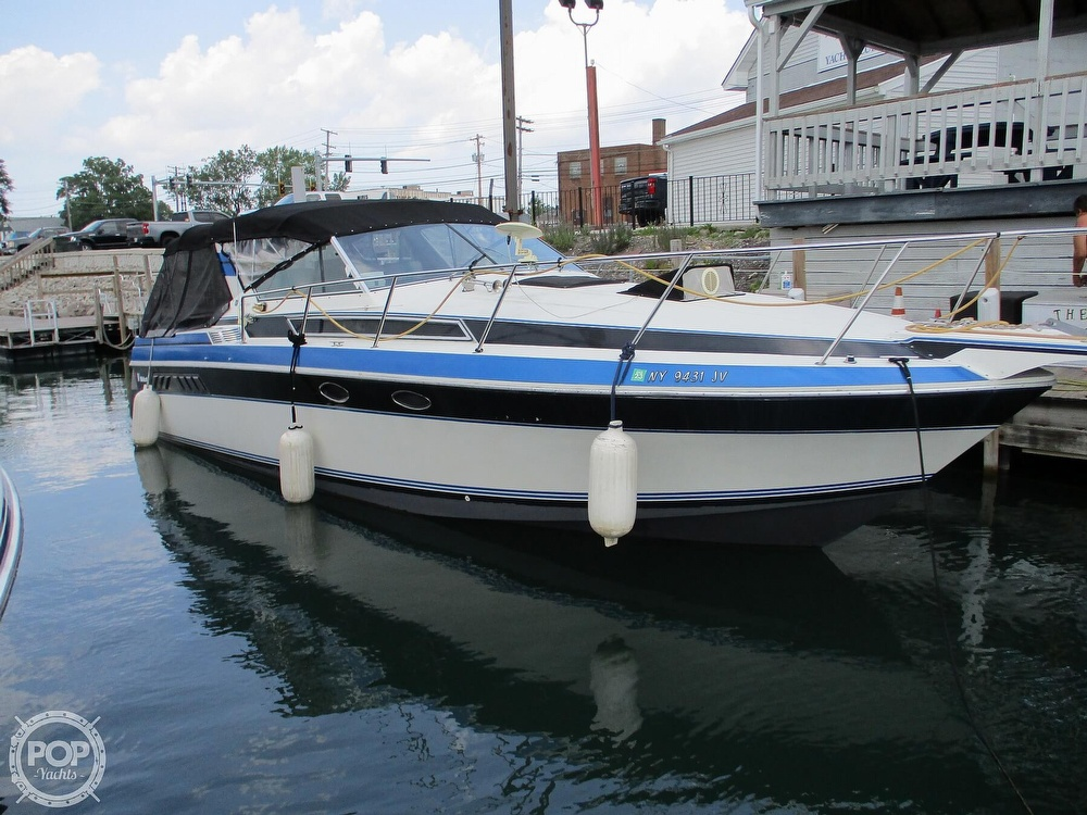1988 Wellcraft boat for sale, model of the boat is St. Tropez 32 & Image # 20 of 40