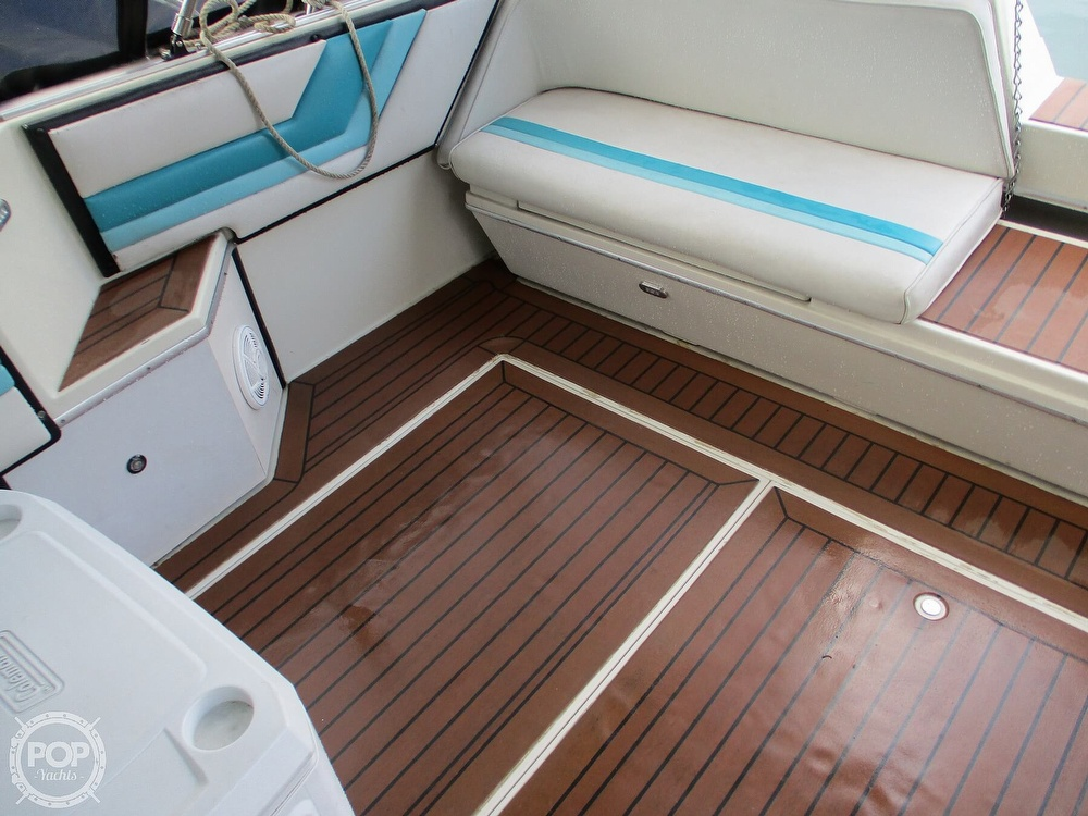 1988 Wellcraft boat for sale, model of the boat is St. Tropez 32 & Image # 30 of 40