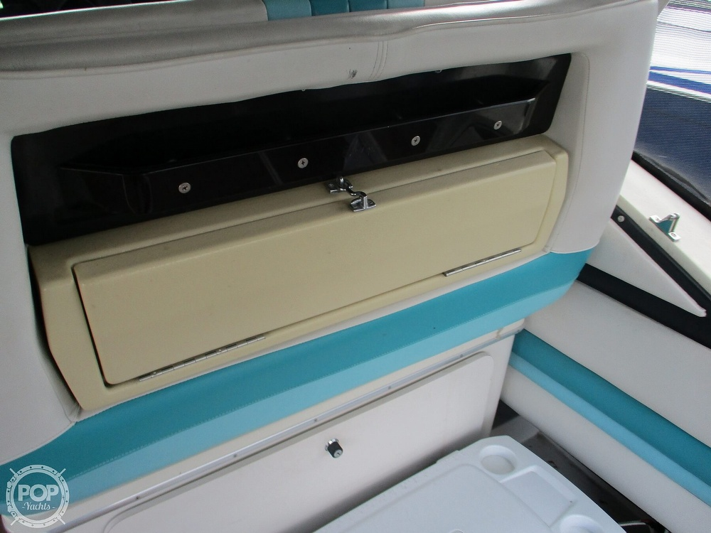 1988 Wellcraft boat for sale, model of the boat is St. Tropez 32 & Image # 32 of 40