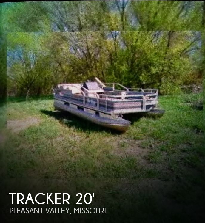 1989 Tracker Boats boat for sale, model of the boat is Bass Buggy DL & Image # 1 of 1