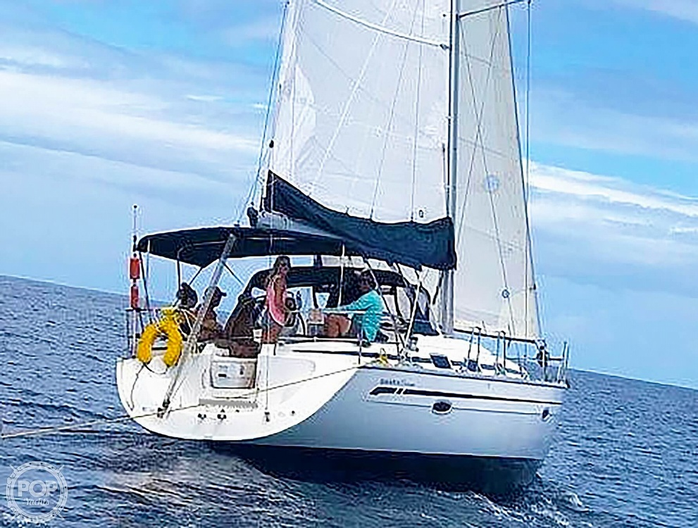 2007 Bavaria boat for sale, model of the boat is 39 Cruiser & Image # 5 of 29