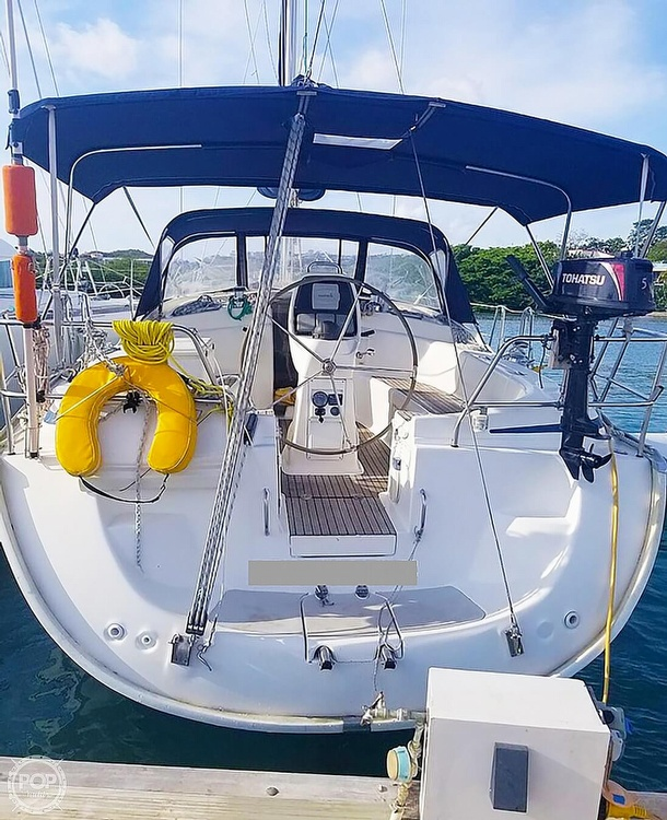 2007 Bavaria boat for sale, model of the boat is 39 Cruiser & Image # 6 of 29