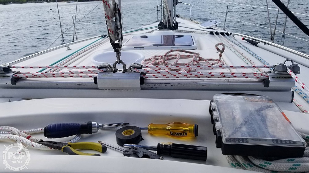 2007 Bavaria boat for sale, model of the boat is 39 Cruiser & Image # 22 of 29