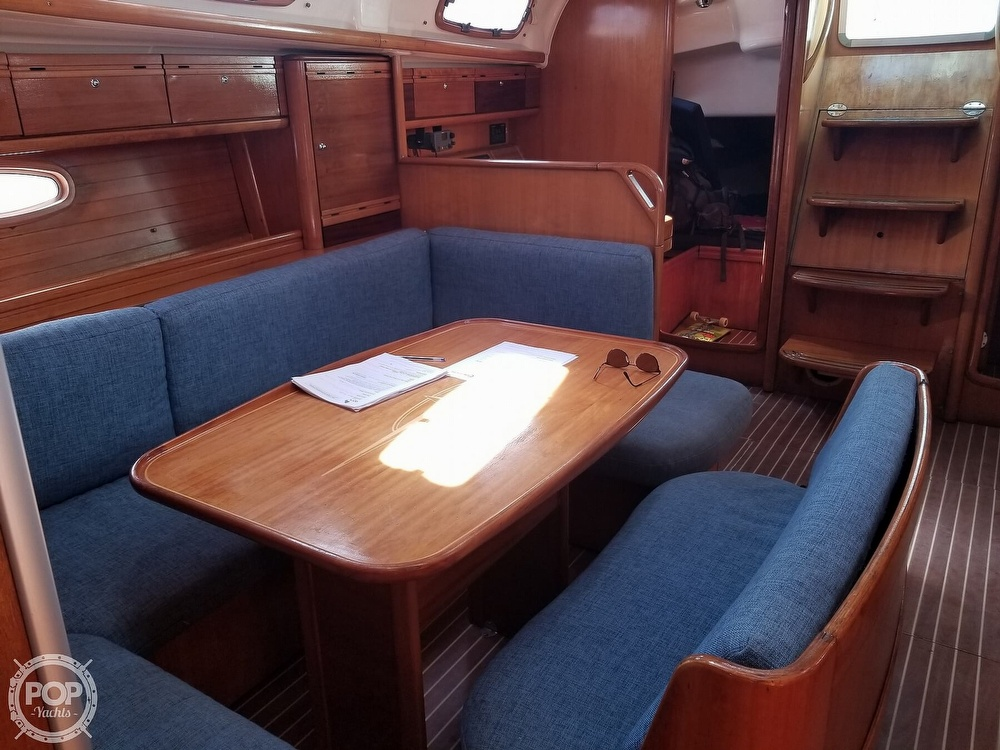 2007 Bavaria boat for sale, model of the boat is 39 Cruiser & Image # 23 of 29
