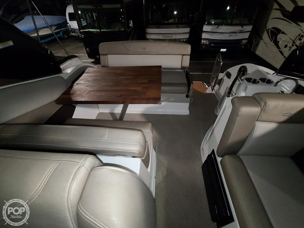 2014 Regal boat for sale, model of the boat is 28 Express & Image # 33 of 40