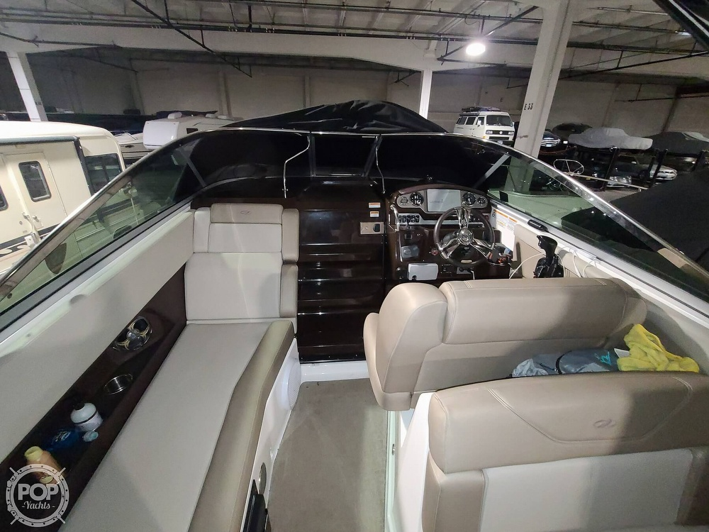 2014 Regal boat for sale, model of the boat is 28 Express & Image # 38 of 40