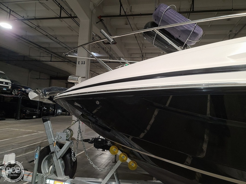 2014 Regal boat for sale, model of the boat is 28 Express & Image # 17 of 40
