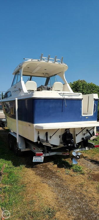 2007 Bayliner boat for sale, model of the boat is Discovery 246 & Image # 4 of 40