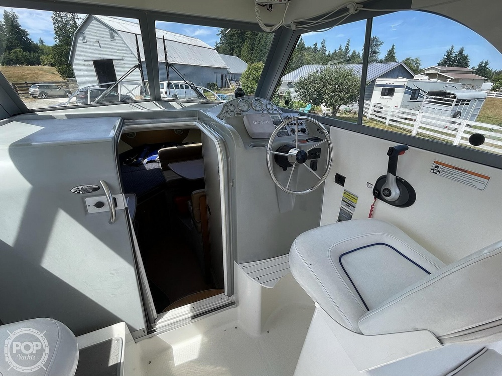 2007 Bayliner boat for sale, model of the boat is Discovery 246 & Image # 31 of 40